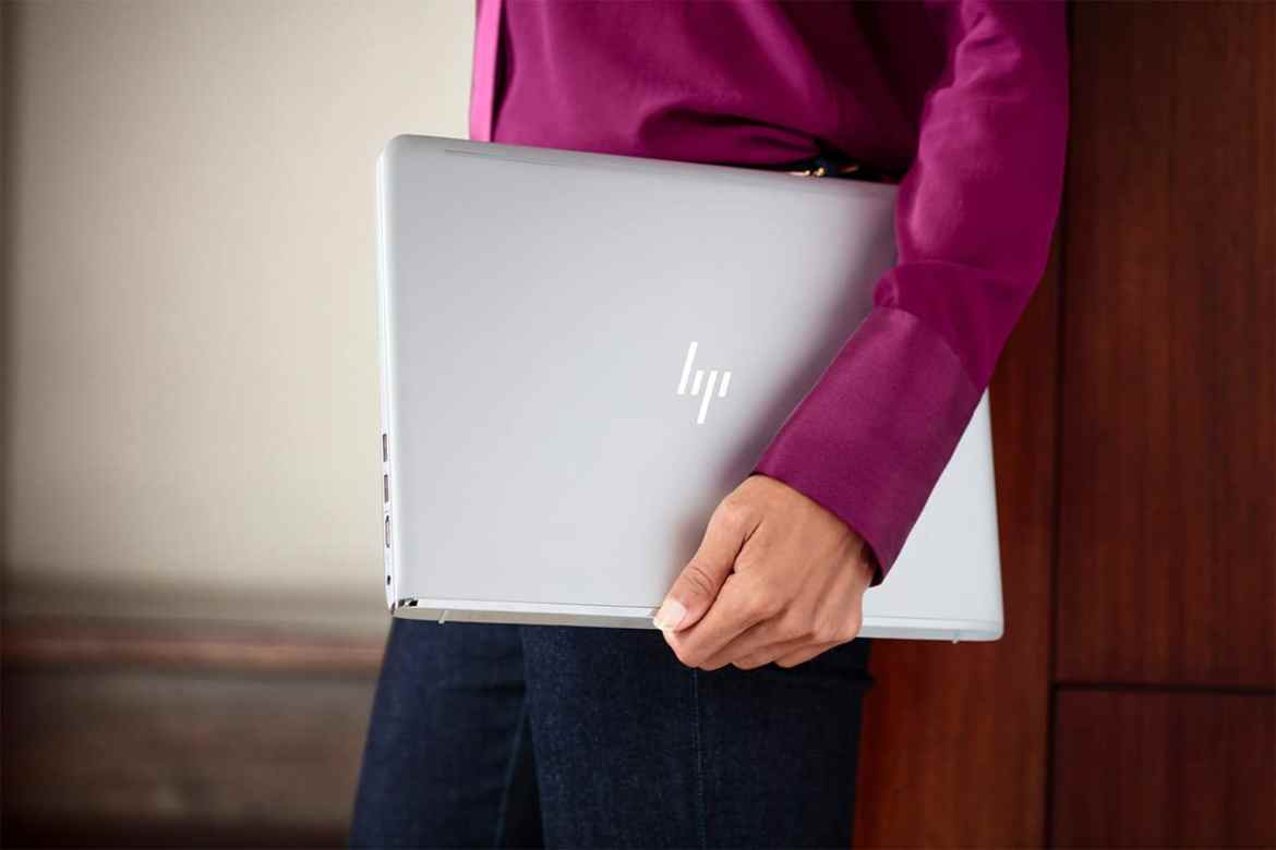 HP Envy 13 folded