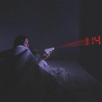 pistolen-projectie-wekker-f1e.jpg
