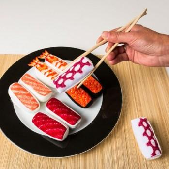 sushi-sokken-rode-kaviaar-70e.jpg