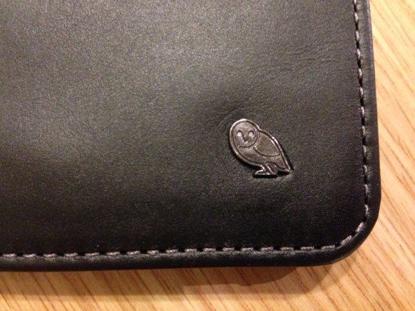 The Owl motif is the only branding on the outside of the wallet. This gives it an exclusive and well-made feel.