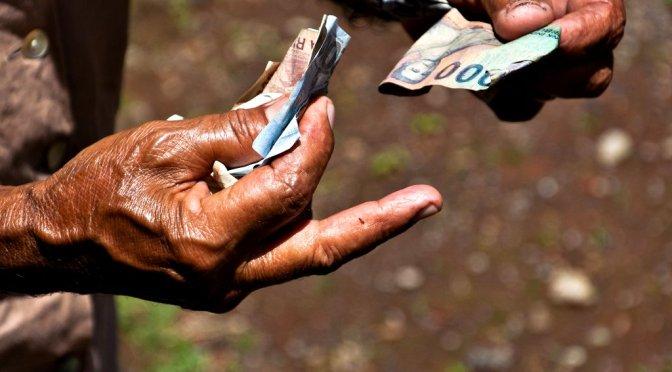 Razmena novca via Flickr by Bindalfrodo