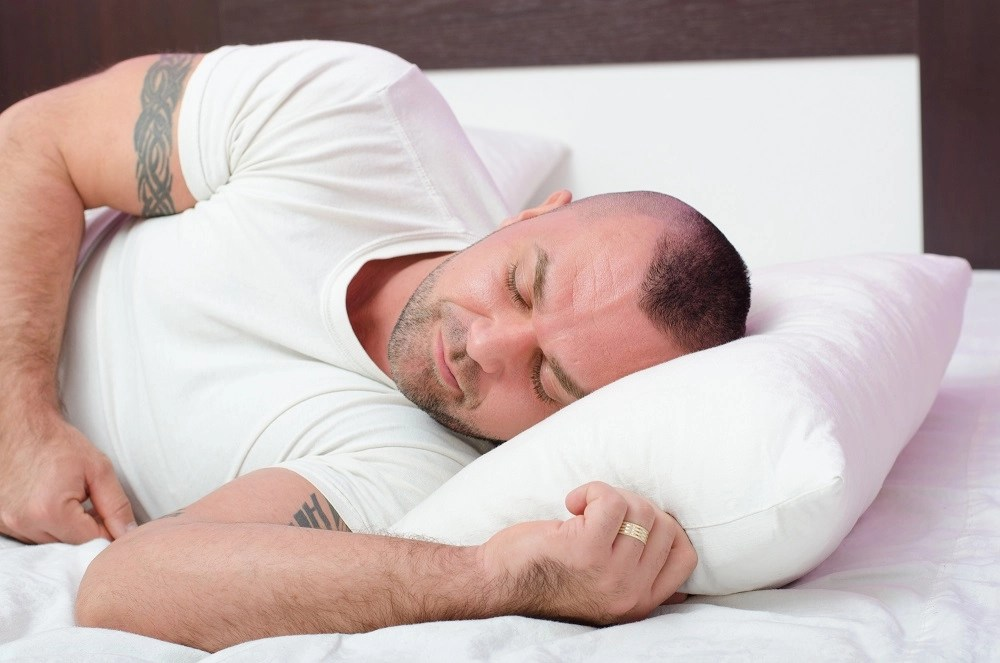 Sleep and Muscle Growth – 6 Sleep Tips For Weightlifters