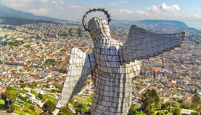 Panecillo Virgin Statue