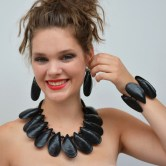 necklace mussel 1 400