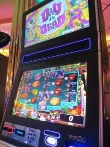 cruise ship slot machine