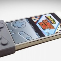 For Geeky Mobile Gaming: G-Pad Physical Controller for iPhones