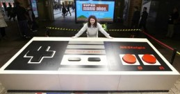 giant-NES-controller-London