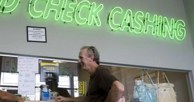 Your Money: Best ways to cash your tax refund