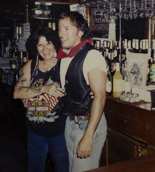 Once the performance came to an end, Springsteen ducked behind the bar where Phillips was serving drinks. They ended up taking photos.
