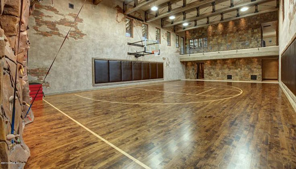 Garage gyms inspirations ideas gallery pg 4 garage gyms for Basketball hoop inside garage