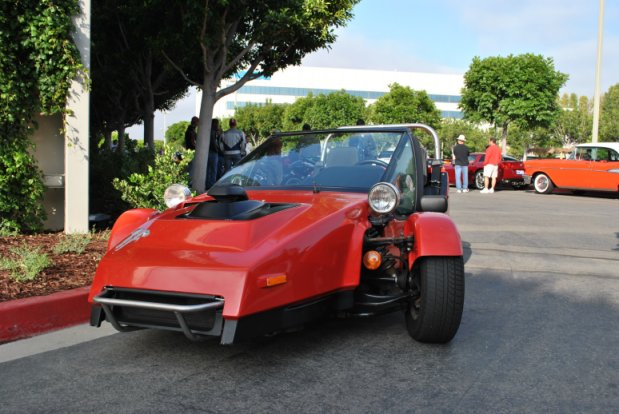 SPOTTED – Trihawk 3-wheeled Freak Show