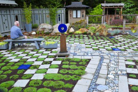 036_Garden_Art_web