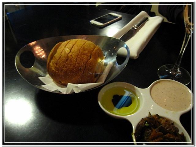 לחם בניולה