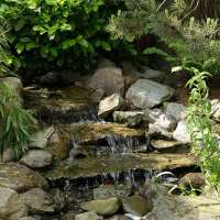 Ein Bachlauf im Garten