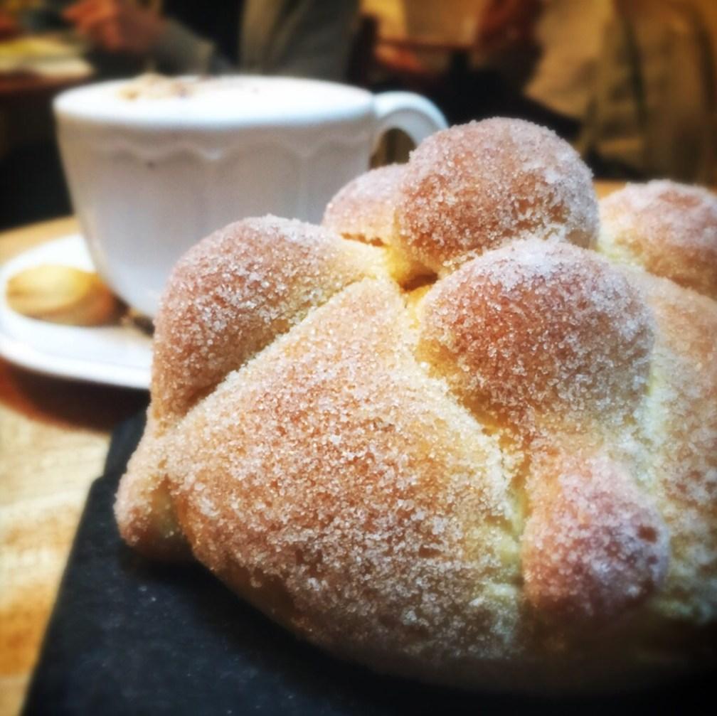 Si nos vamos a poner gourmets, pienso que el pan que más me ha impresionado en sabor y textura es el de Duo. ¡Ese sabor a mantequilla es boleto express al cielo!