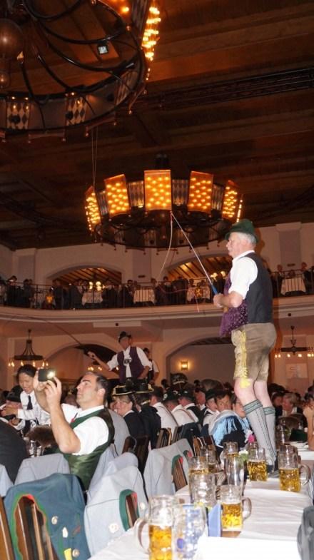 125 Jahre Chiemgauer München - 11.05.19 Priener Goaßlschnalzer