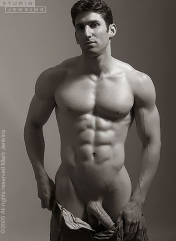 Joel Evan Tye 43 Joel Evan Tye Part 2: Exposed and Full Frontal Nude for the holidays