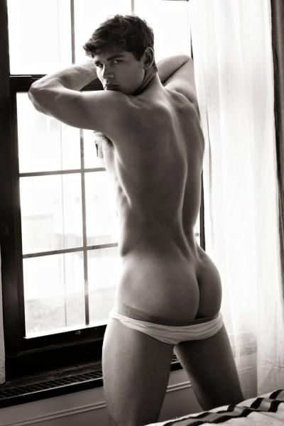 Ryan Bertroche - Gorgeous Butt