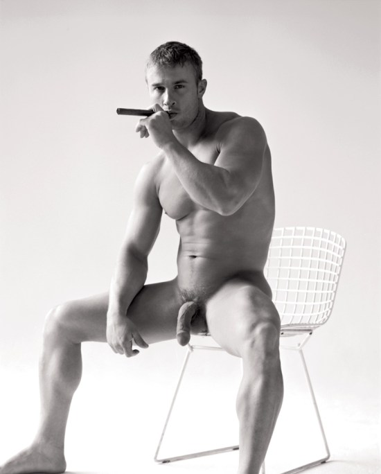 Derrick Davenport Big Cigar Muscle Model Derrick Davenport