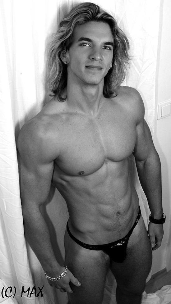 Sexy Muscle Model Filip Jurka