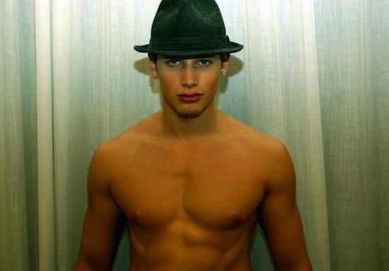 Andreas Michael Gray - Totally Kissable (6)
