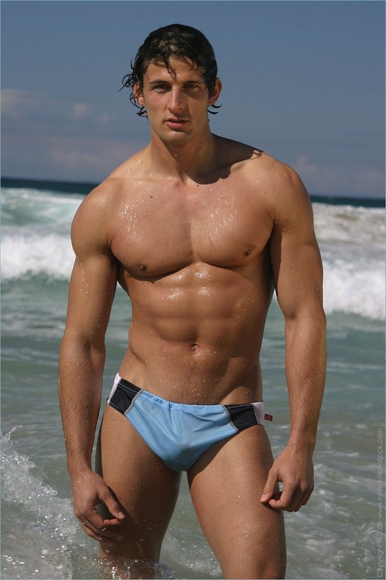 Swimmer Bulge (3)