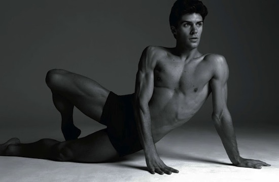 Roberto Bolle - Sexy And Arty Photography By Milan Vukmirovic (7)