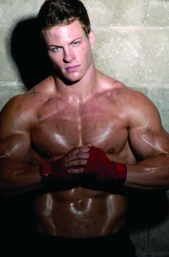 Shameless Jock Muscle - Stefan Gatt (2)