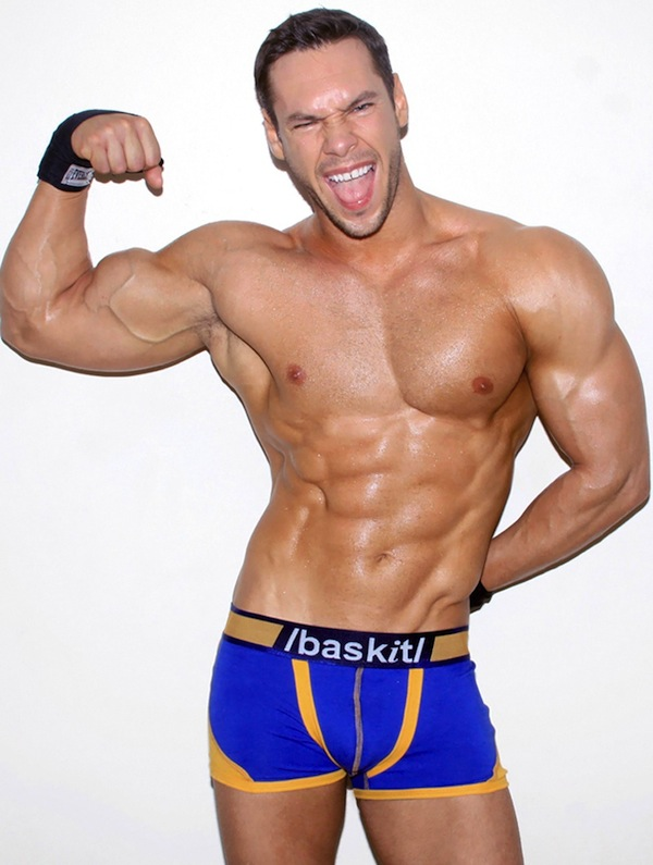 Muscle And Underwear (5)