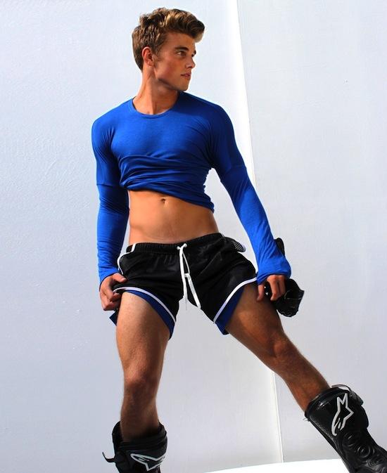 Twink Model In Shorts (2)