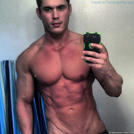 New Muscled Cam Hunk At Cam With Him 1 New Muscled Cam Hunk At Cam With Him!