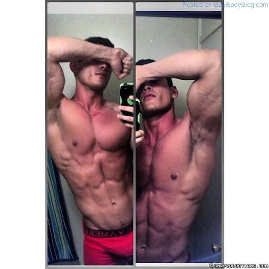 New Muscled Cam Hunk At Cam With Him 2 New Muscled Cam Hunk At Cam With Him!