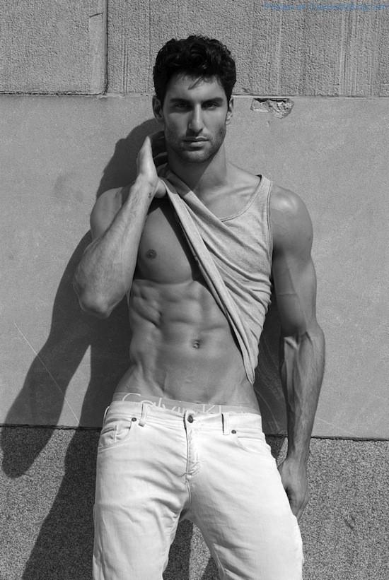 Sexy Alejandro Salgueiro By Thomas Synnamon (5)