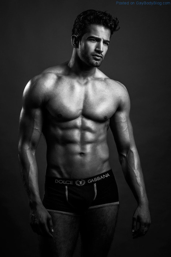 Bollywood Muscle Hunk Upen Patel 6 Bollywood Muscle Hunk Upen Patel