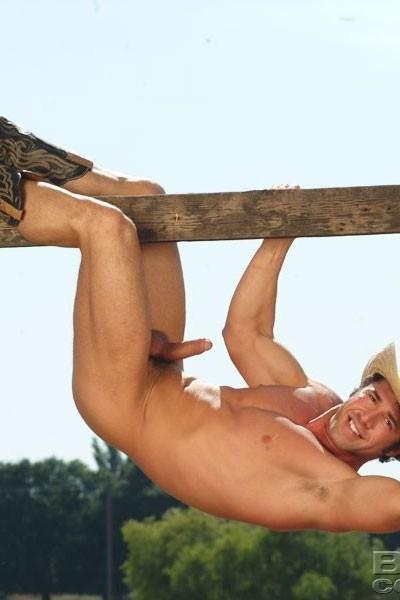 Uncut Muscled Porn Star Dean Phoenix 7