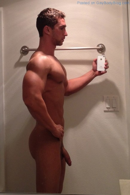 random hot guys naked gay body blog   featuring photos of male