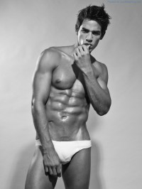 The Sexy Abs And Bulge Of Puerto Rican Model Luis Ocasio