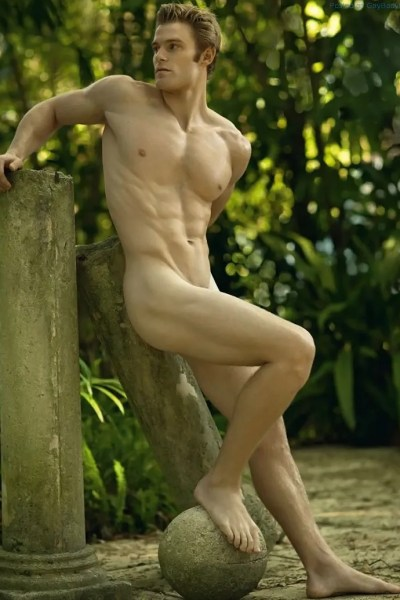 Naked Men Posing For David Vance 1