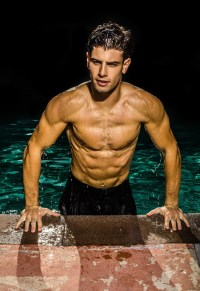 Getting Wet With Sexy Frankie Cammarata