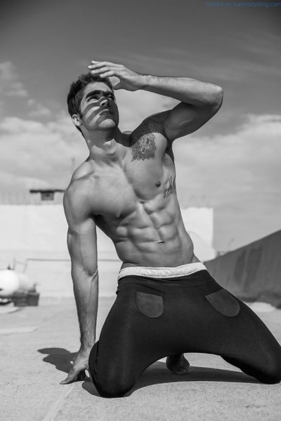 How Have We Not Seen Ripped Hunk Pedro Arnon Before 1