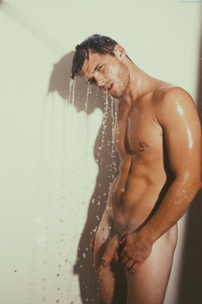 In The Shower With Kailen Makepeace 1