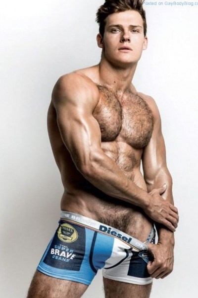 Gorgeous Hunk Ben Todd Being Incredibly Sexy 1