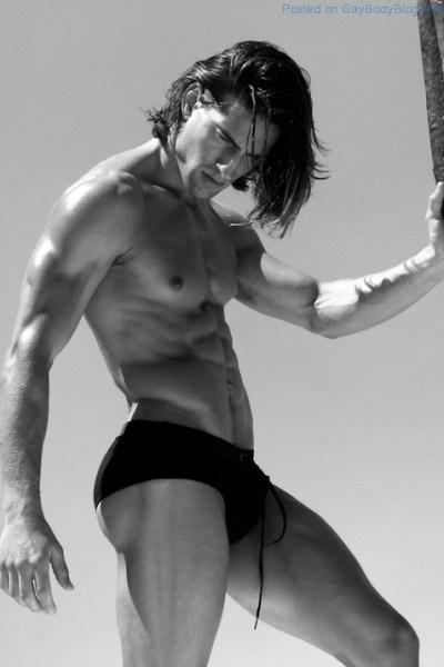 Logan Swiecki-Taylor With Long Hair 0