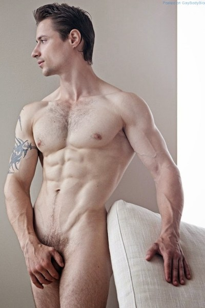 Naked Muscle Man Luca Agra Is Back 1