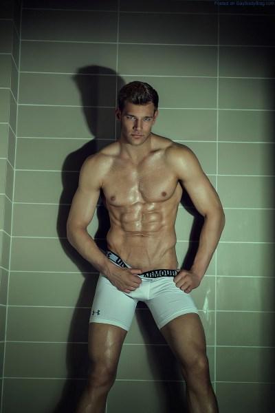Remington Jay Perregaux Is Looking Amazing In His Underwear 3