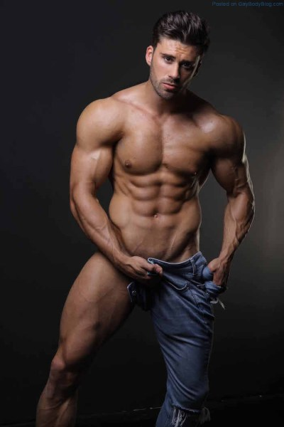 Incredible Hunk Liam Jolley Is Looking Fine In These Photos 1
