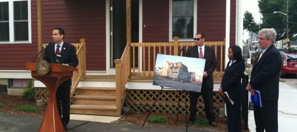 taveras-foreclosure-announcement