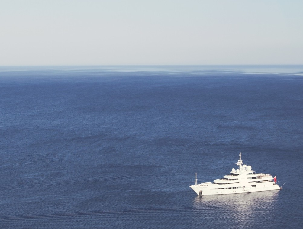 boat_yacht_jonas_nilsson_lee_unsplash_0122715