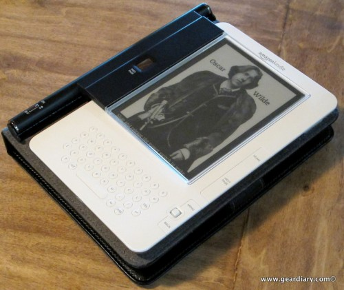 geardiary_case-mate_enlighten_kindle_cover_16