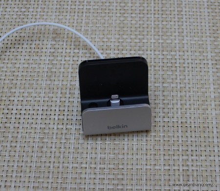 Gear Diary Belkin Charge+Sync for iPhone 5 021
